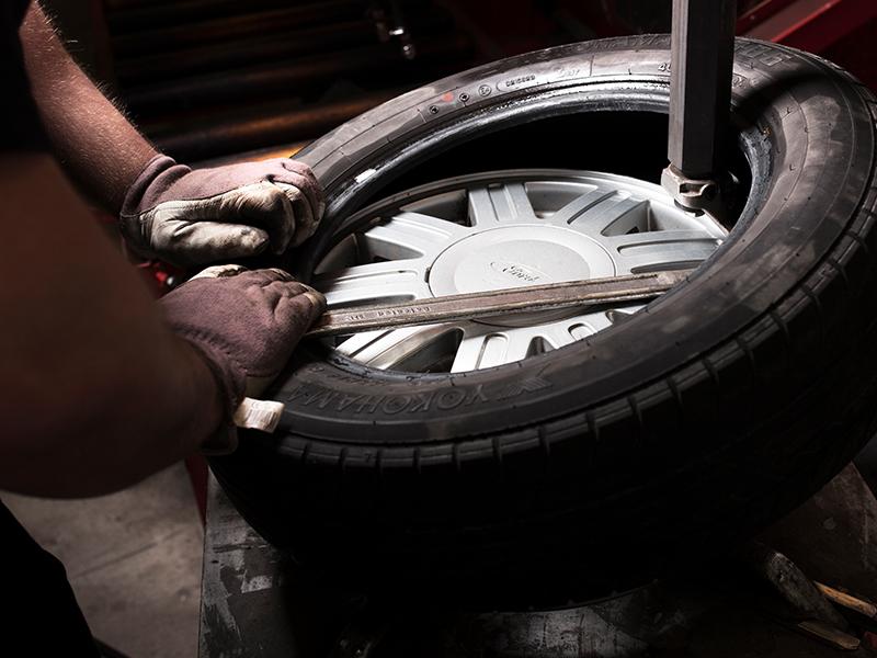 nya däck på gamla fälgar